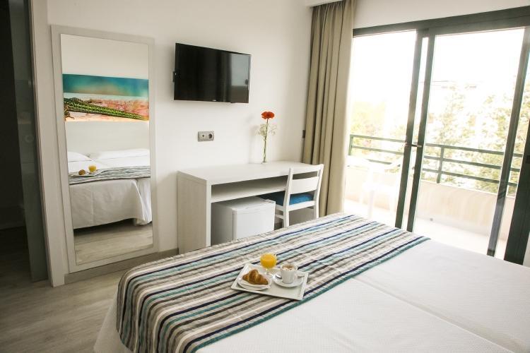 PacktoIbiza.com. Paquetes y ofertas de viaje a Formentera. Habitaciones muy agradables en el hotel R