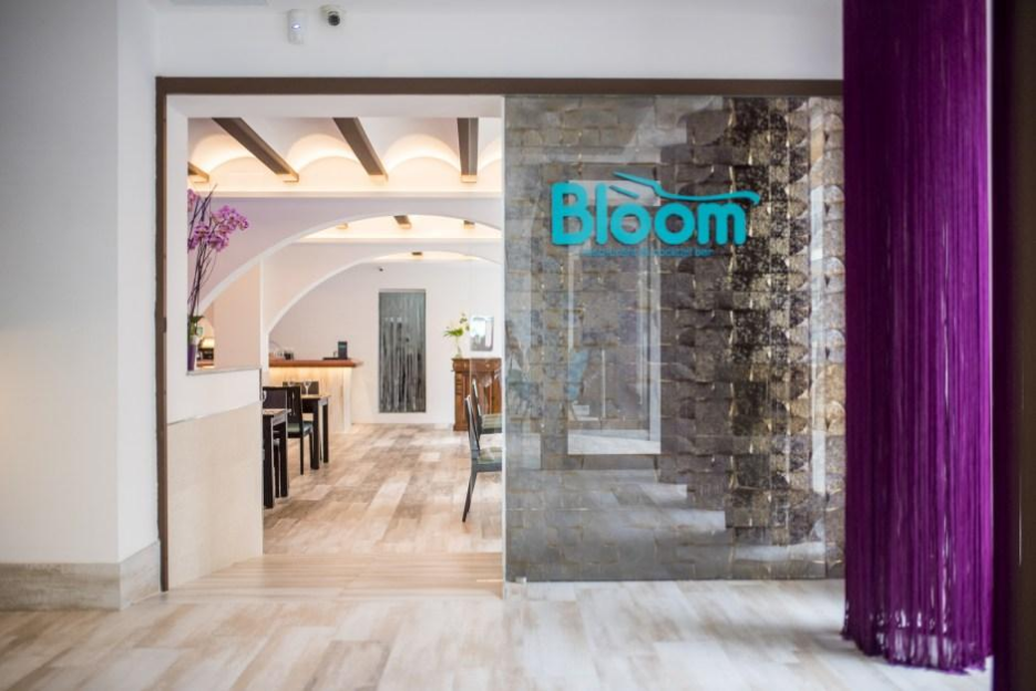 PacktoIbiza.com. Paquetes y ofertas de viaje a Ibiza. Restaurante Bloom en la Isla de Ibiza.